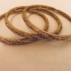 Jewelry - 🛑SOLD 🛑Gold Plated Bangle Set